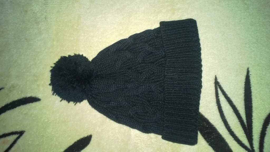"Магазин ""Kari"" - покупала шапочку"