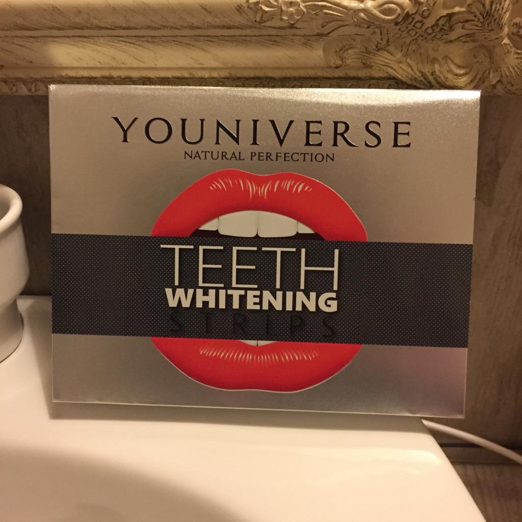 Отбеливающие полоски YOUNIVERSE Teeth Whitening Strips - Очень довольна! Зубы отбелились на ура!