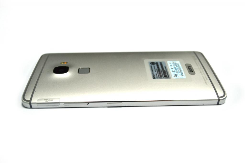 LeTV One Max x900 - Смартфон с диагональю экрана 6,33 дюйма