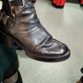 """Отзыв о Интернет-магазин Sollorini.com.ua: УЖАС!!! И это фото после """" ремонта"""". Модель """"дизель"""" в носке были две недели."""