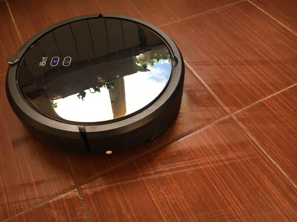 Робот-пылесос iBot Vac - Отличный помощник для неприятной и частой работы