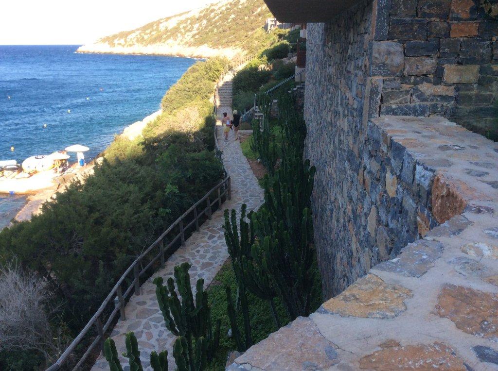 Coral Travel (Корал Тревел) - Если кто-то планирует на Крит этим летом, то может будет интересно :)
