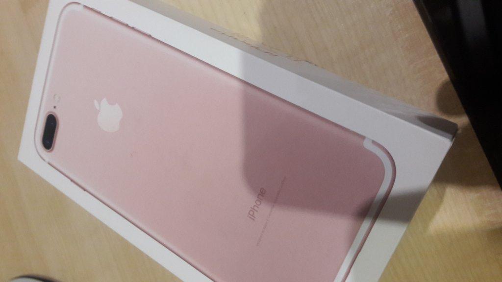 COMFY - Продали Айфон 7 плюс б/у как за новый