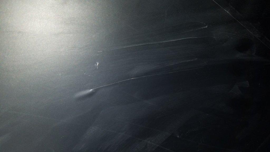 Meldom - Только пузыри и порезы всей пленки до 15 см. За поклейку потребовали д