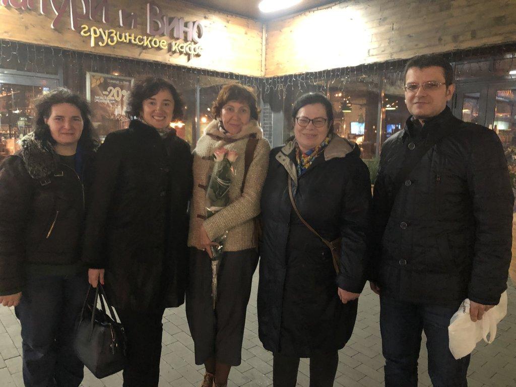 Хачапури и вино - грузинское кафе в Киеве - Приятное место в Святошино