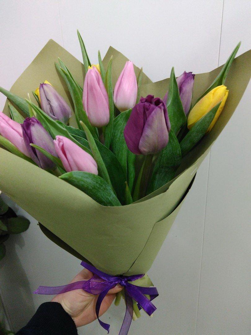 buket24.dp.ua доставка цветов - Букет живет уже третью неделю, некоторые бутоны еще только распускаютс