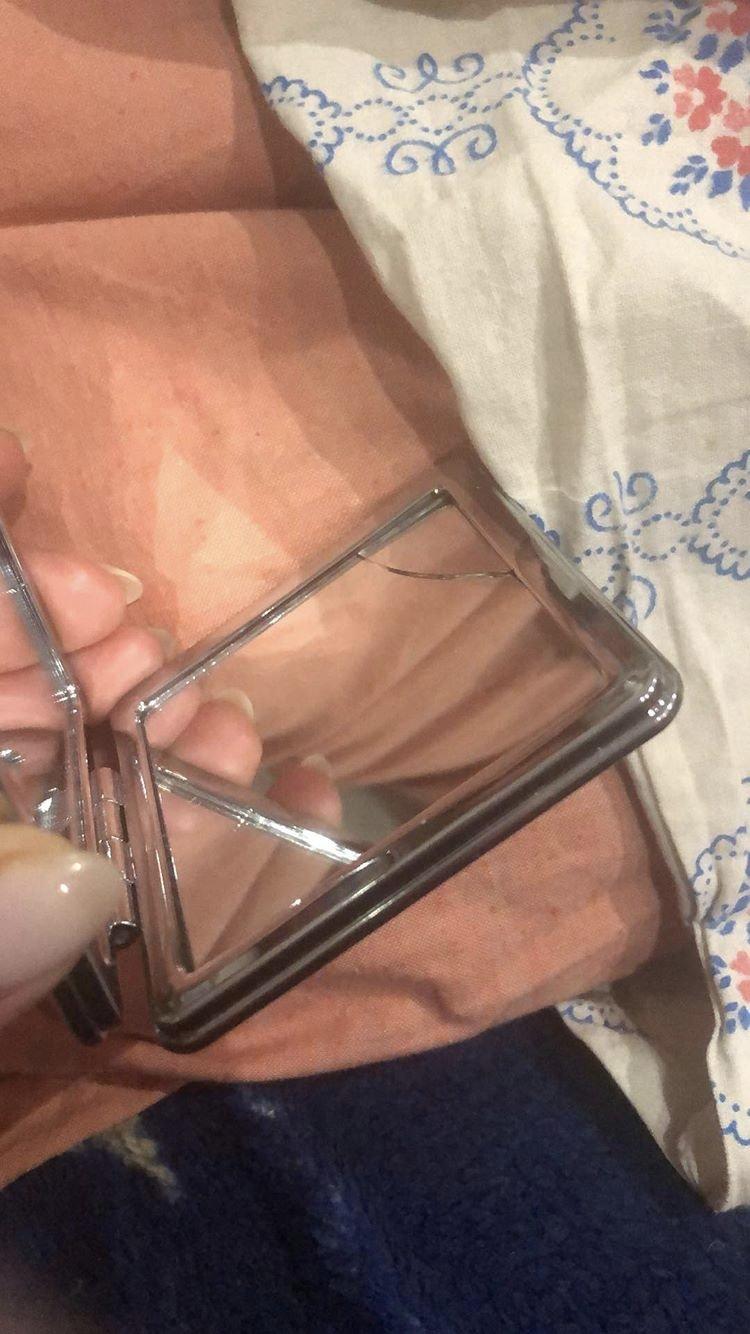 EVA магазин - Купили зеркало