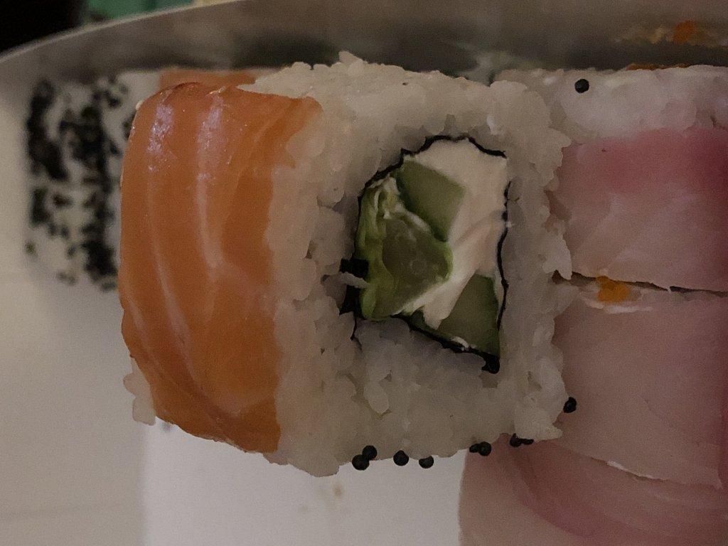 Суши-ресторан Casta в Киеве - Роллы на от*бись