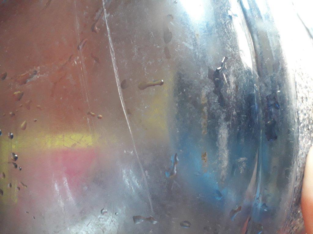 Вода Украиночка - Вода со вкусом гнилой капусты ,грязные бутли