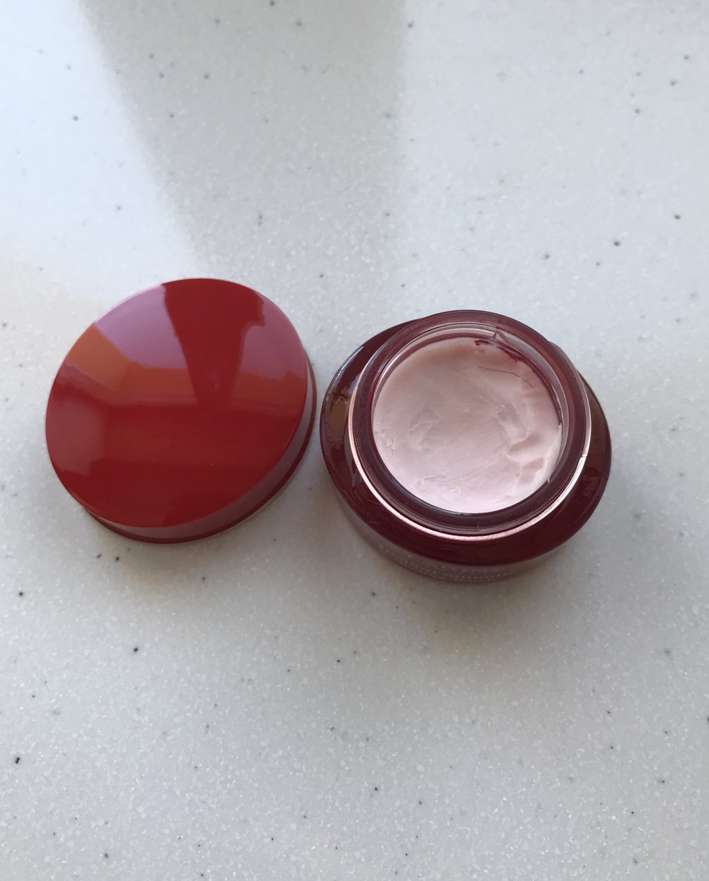 Clarins Lisse Minute Instant Smooth Perfecting Touch - Разглаживающая и улучшающая цвет лица база под макияж
